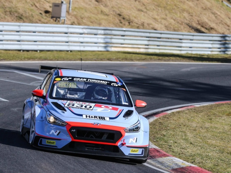 Hyundai_HyundaiN_enters_two_i30N_tcr_for_gruelling_Nurburgring_24-hours_turn_800x600.jpg
