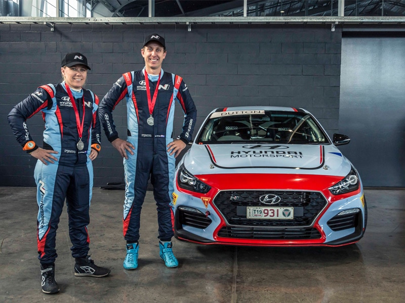 Hyundai i30N with race crew
