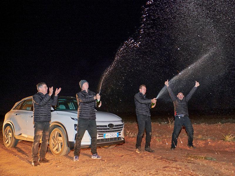 Australian-Hyundai-NEXO-breaks-world-distance-record
