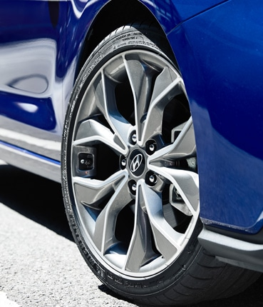 Hyundai_i30_18-inch_Alloy_Wheels_369x430.jpg