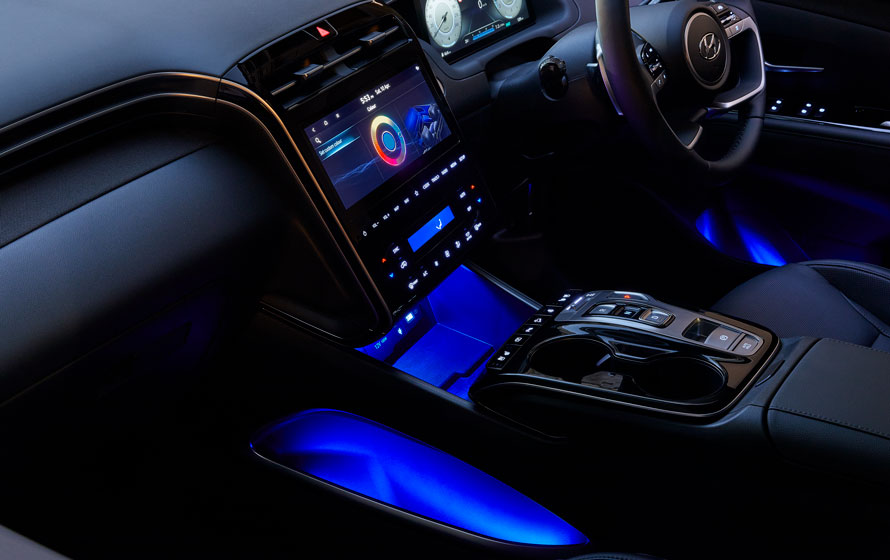 Hyundai_Tucson_Feature-Slider_LED-ambient-mood-lighting_890x560.jpg