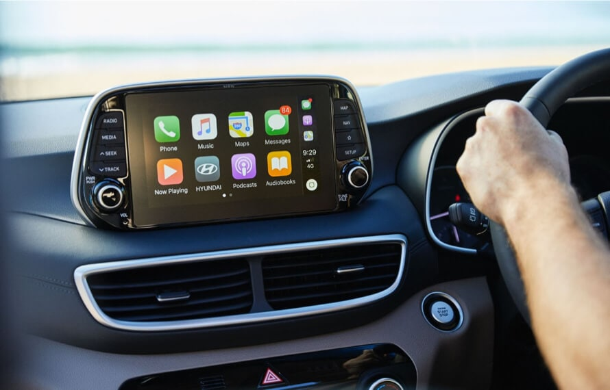Hyundai Tucson Apple & Android Carplay on Screen