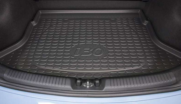 i30N_accessories_Rubber-cargo-liner-748x430.jpg
