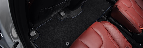 HyundaiAccessories_Palisade_LX2_carpet-floor-mats-3-rows-blue-stitching-7-seater-02_590x200.jpg