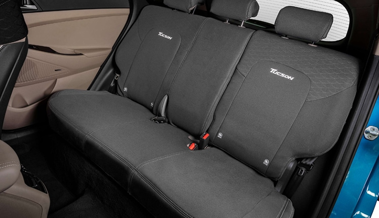 Tucson_accessories_RearSeatCover_748x430.jpg