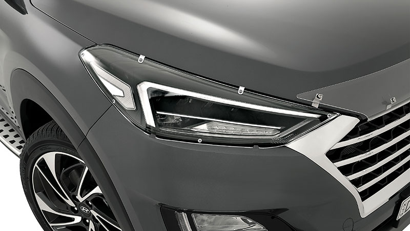 Hyundai_Accessories_Tucson_headlight_protector-800x450.jpg