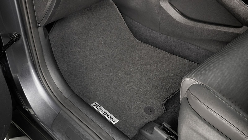 Hyundai_Accessories_Tucson_tailored_carpetmat-800x450.jpg