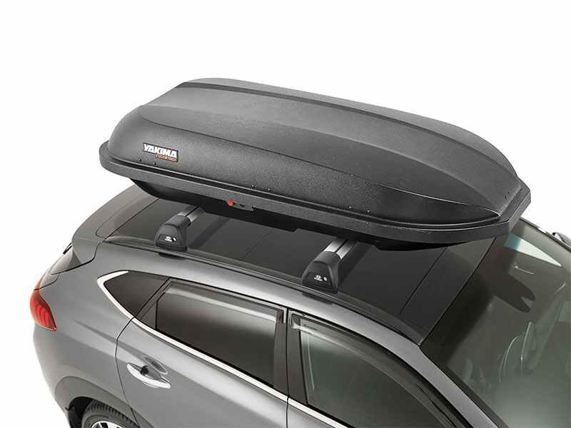 Tucson-MY18-Accessories-TopView-YakimaRocketbox.jpg