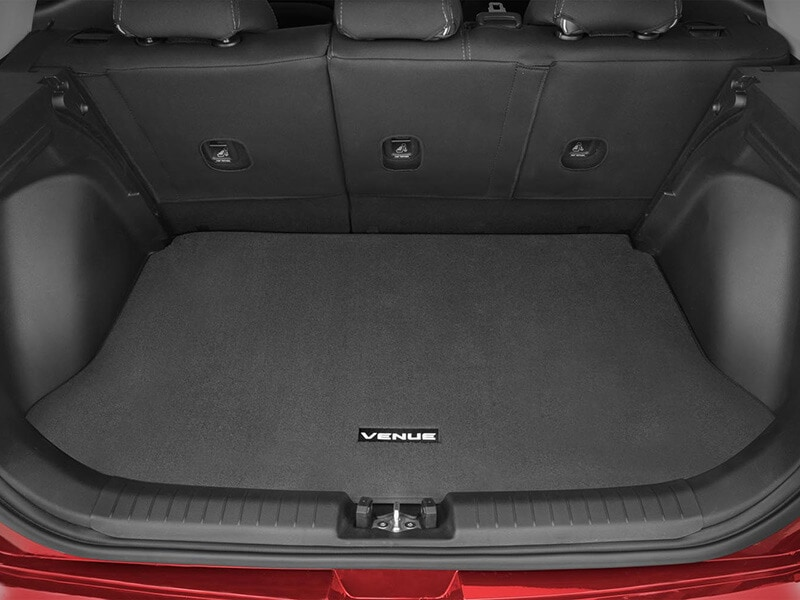 Hyundai_Venue_Accessories_cargoliner_carpet_800x600.jpg