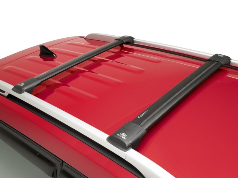 hyundai_venue_accessories_flush_roofracks_800x600.jpg