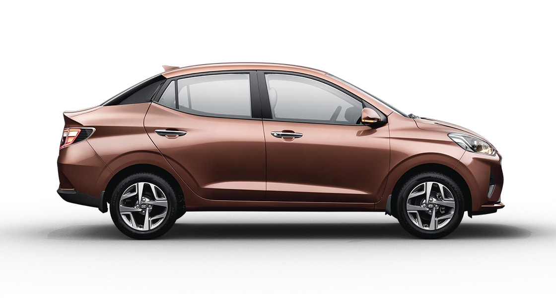 Hyundai Aura Front Right Three-Quarter