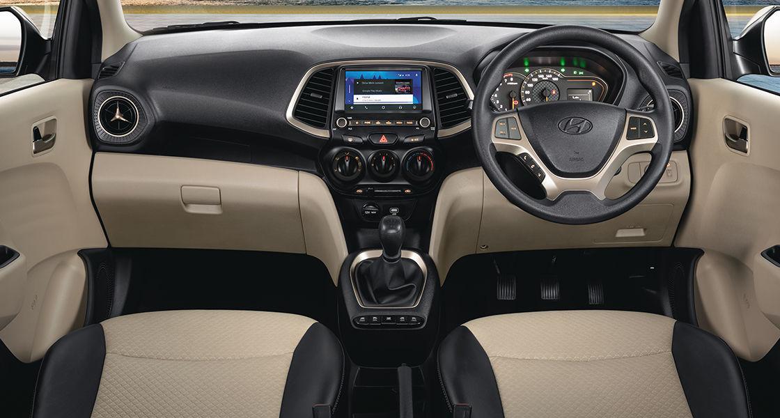 SANTRO Interior - Superior Hatchback | Hyundai India