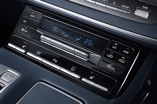Azera Dual automatic temperature controls