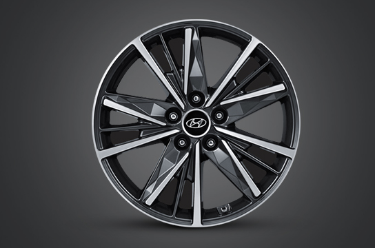 Azera 18 inch alloy wheel