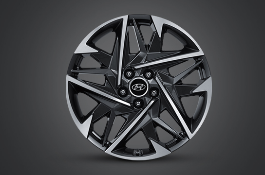 Azera 19 inch alloy wheel