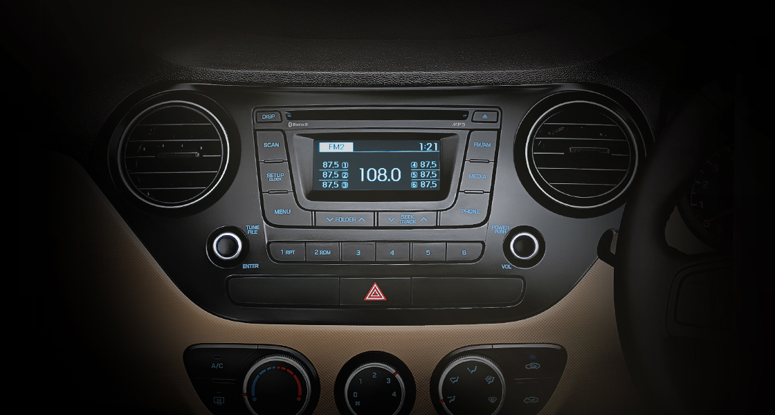 Audio system with radio screen