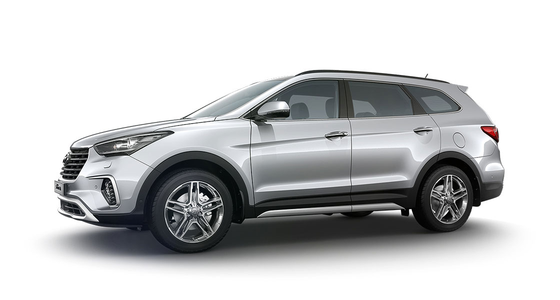 Side view of silver Grand Santa Fe