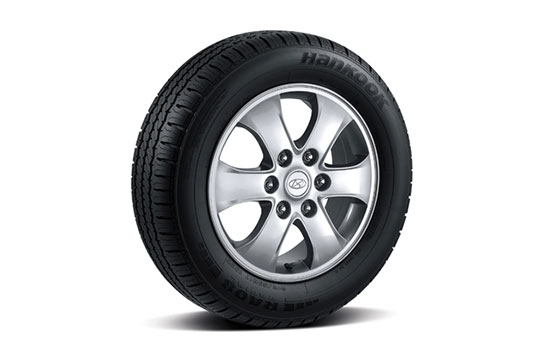 17″ alloy wheels