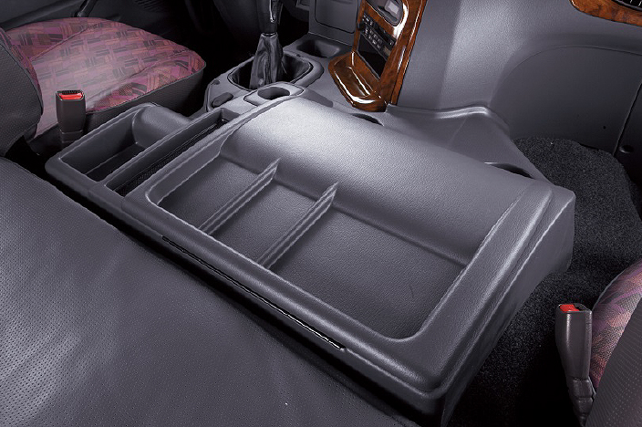 center console box beside of driver seat
