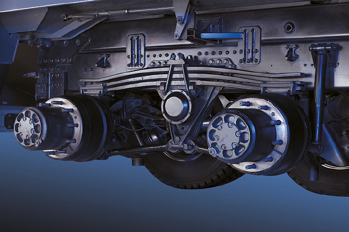 image of rear axle and 2 hubs