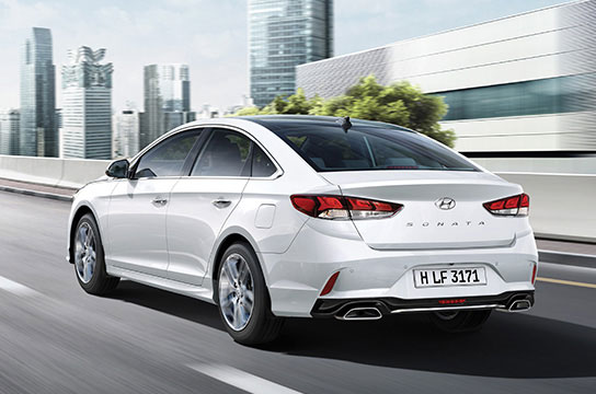 Hyundai Sonata Highlights - Find a Car   Hyundai