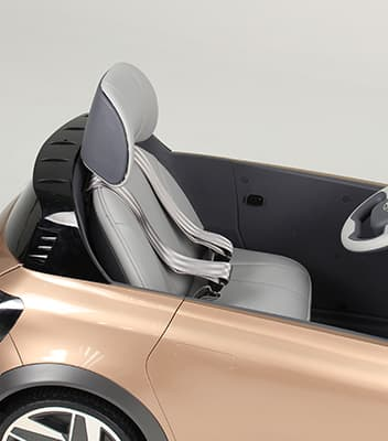 Seat and seat belt