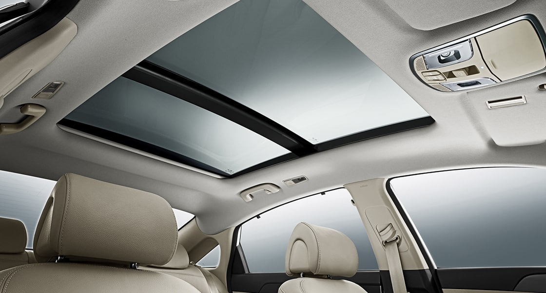 Sunroof of Sonata in beige interior color