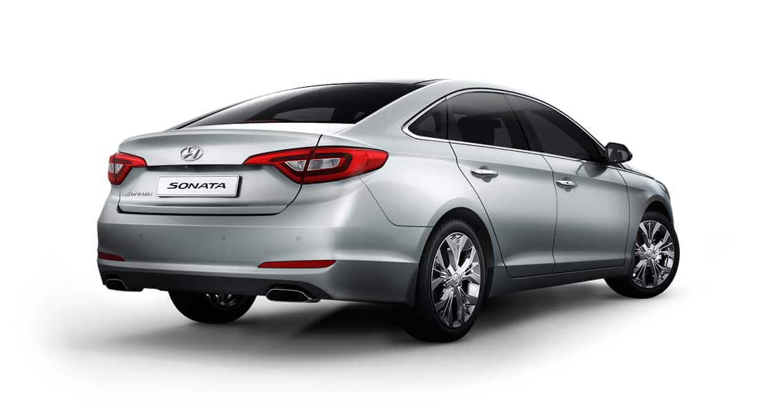 Side rear view of silver Sonata