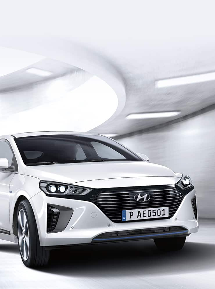 Side view of white Ioniq plug-in Hybrid