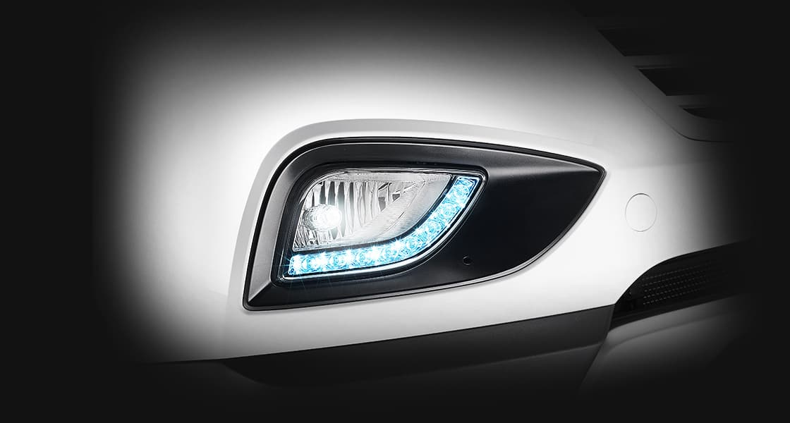 Closer view of fog lamps with Daytime running light on