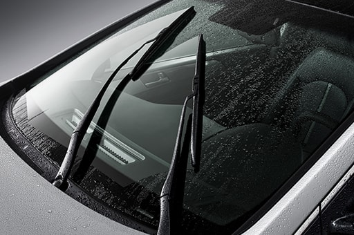 Windshield wiper blades with rain sensor