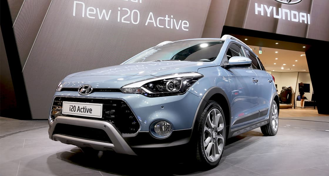 Side-front view of i20 Active exhibited