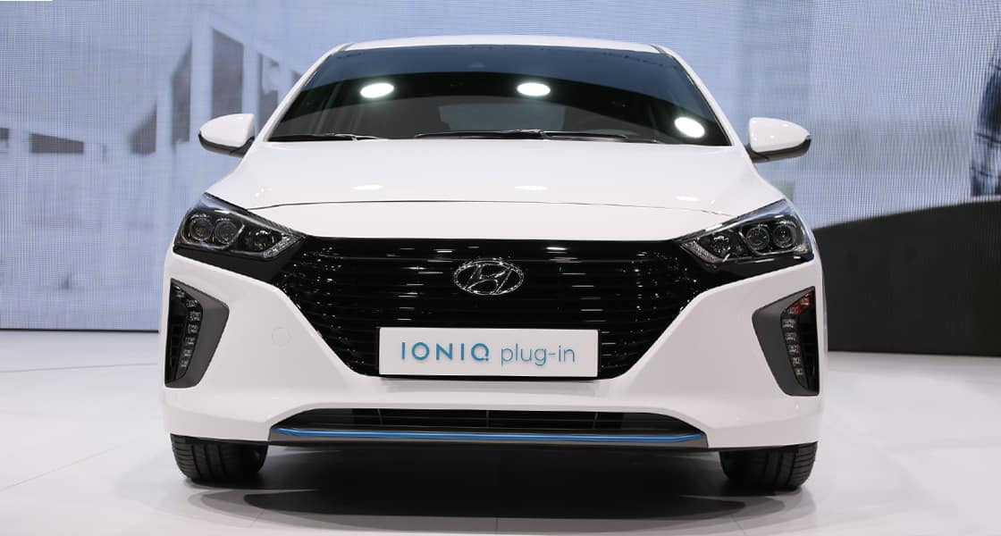 Front view of white IONIQ plug-in exhibited at the 2016 Geneva motorshow