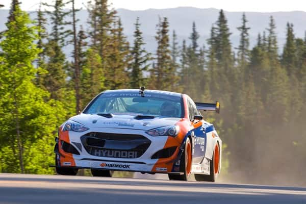 Hyundai Motor America Burns Up Pikes Peak