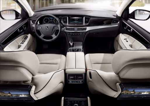Equus Facelift Model Interior Photos