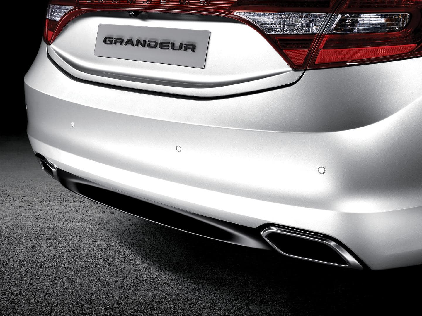 Upgraded Grandeur rear end