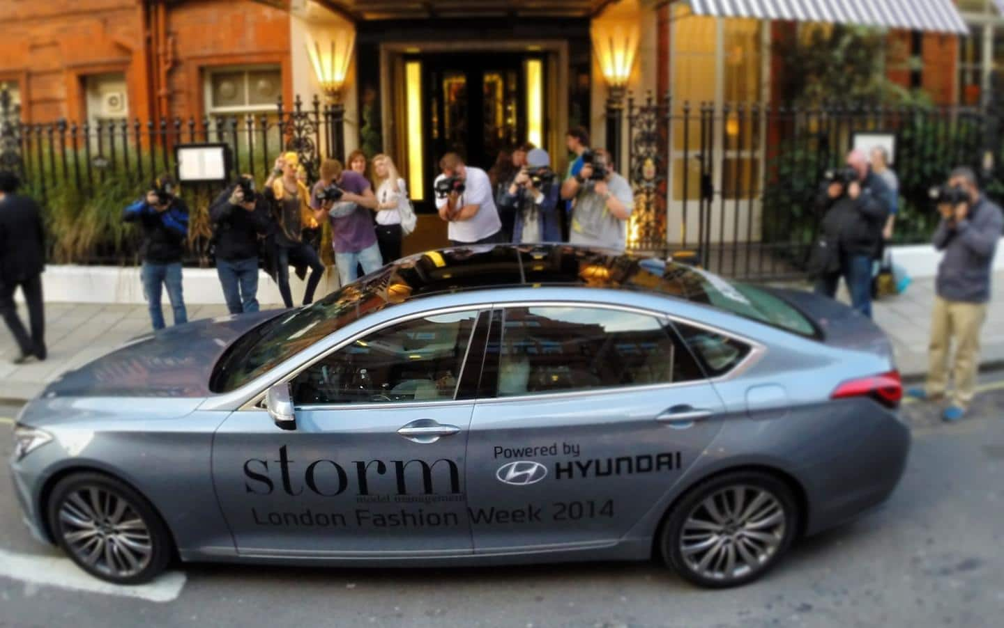 ALL-NEW HYUNDAI GENESIS STORMS LONDON FASHION WEEK 2014