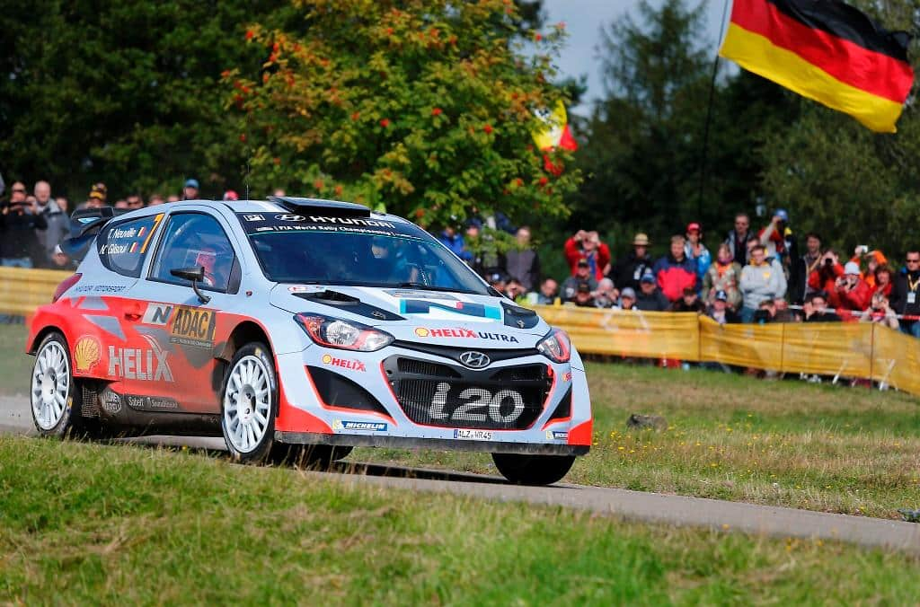 Hyundai Shell World Rally Team takes on the tarmac at Rallye de France