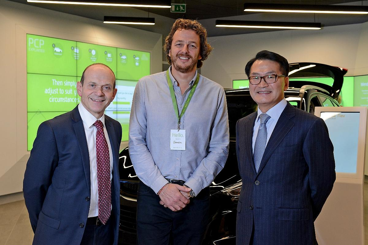 Hyundai Motor And Rockar Launch A Groundbreaking New Digita Retail Experience 4