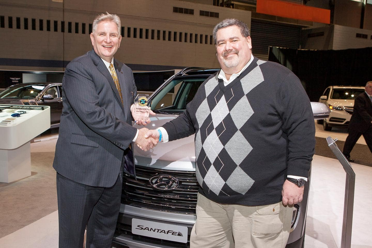 Hyundai Genesis And Santa Fe Earn 2015 Consumer Guide Automotive Best Buy Awards