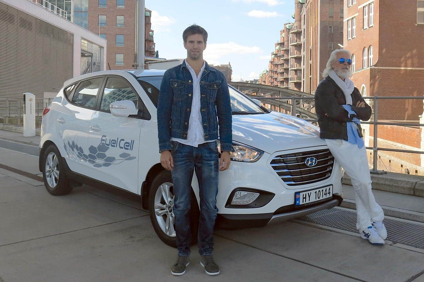 Hyundai ix35 Fuel Cell travels record-breaking 2,383 km in 24 hours