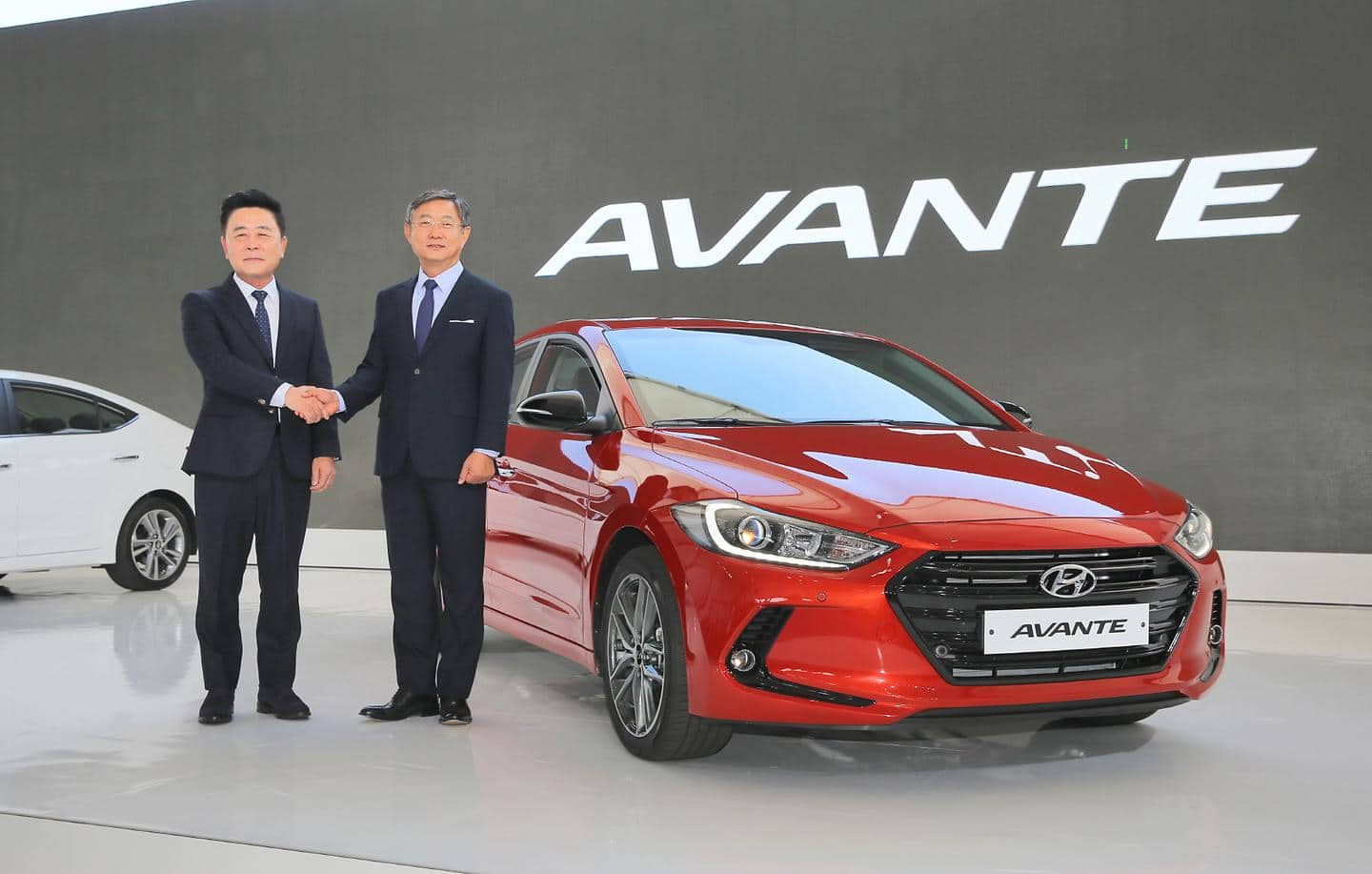 Hyundai Motor Holds World Premiere of All-new Elantra in Korea (4)