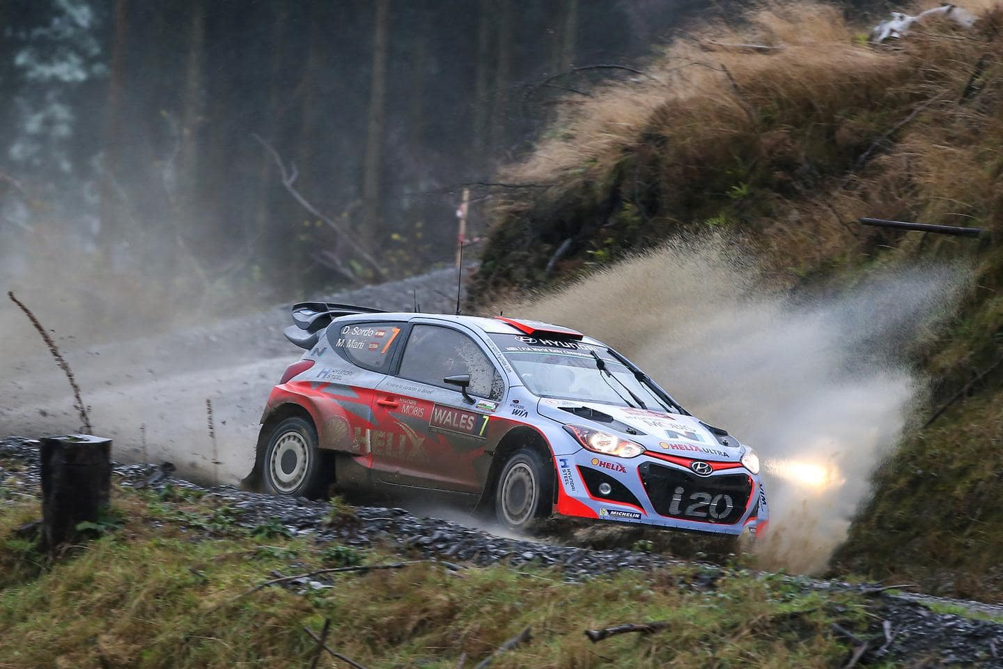 Hyundai Motorsport concludes competitive second season with final push in Wales