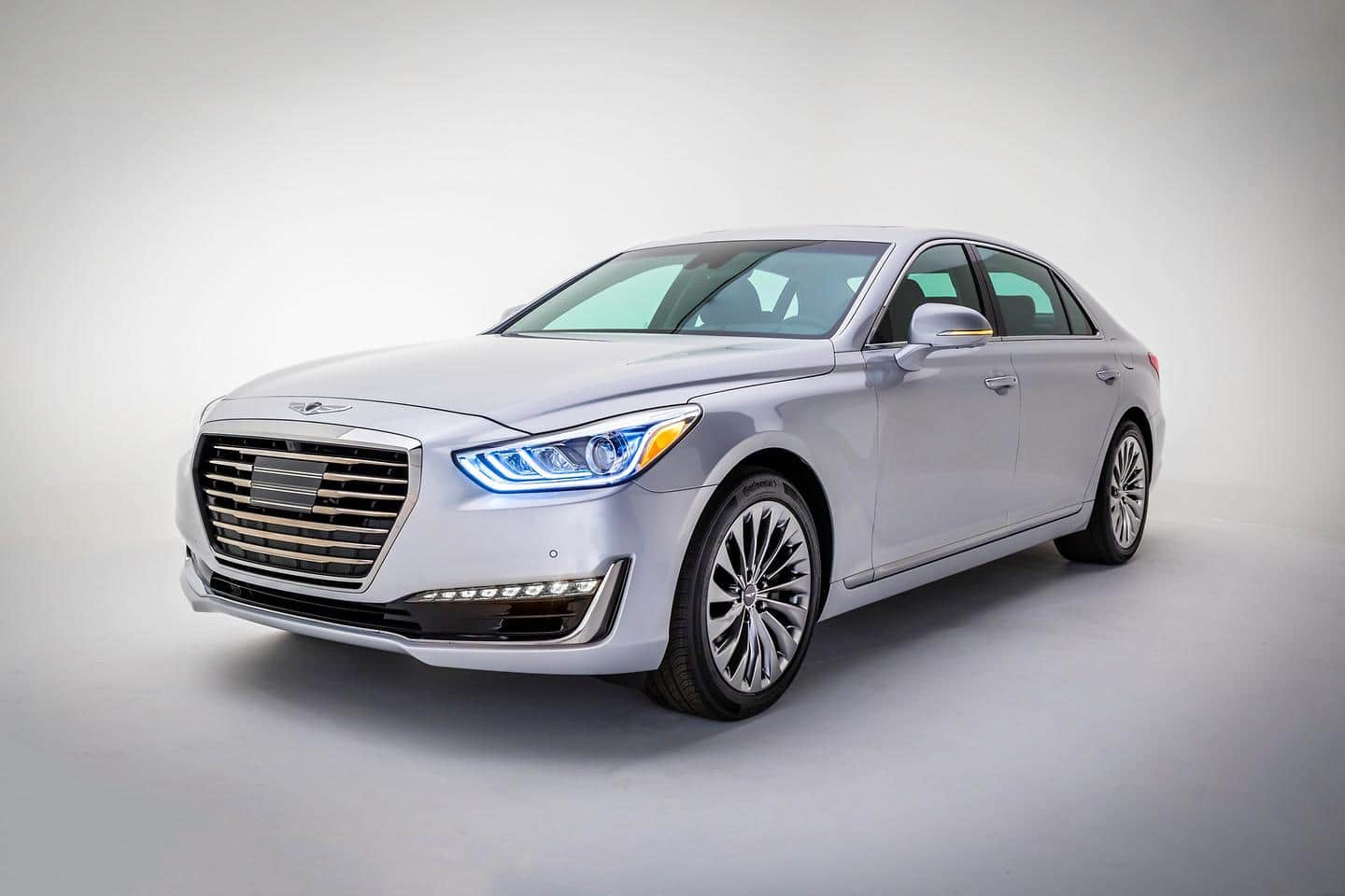Genesis Brand Launches its G90 Luxury Flagship 1