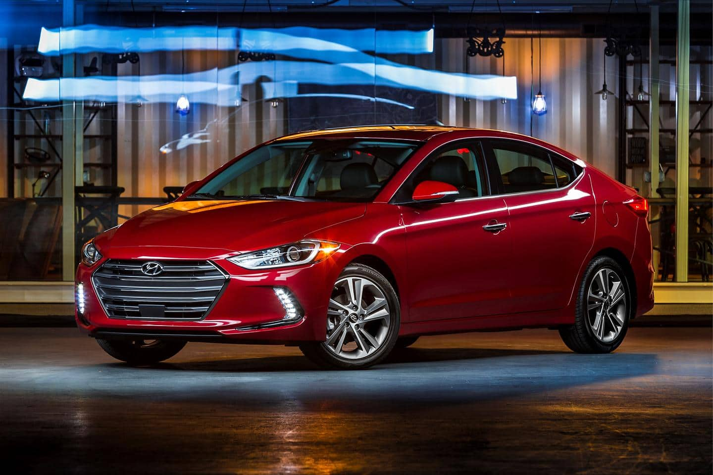 Hyundai Elantra Wins 2016 International Design Award