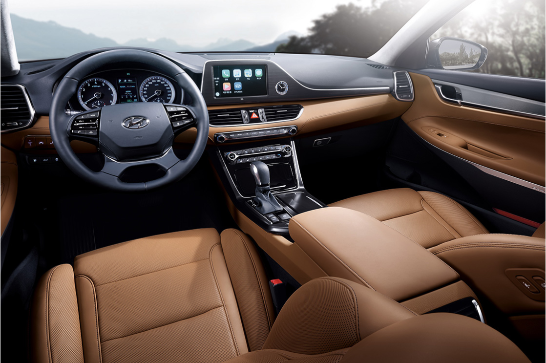 Hyundai Motor Reveals Further Interior and Exterior Design Details for the All-new Azera_interior