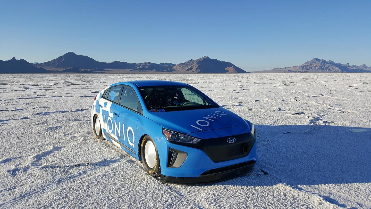 Hyundai IONIQ Hybrid Sets 157.825 MPH, FIA-approved Land Speed Record at World-renowned Bonneville Salt Flats