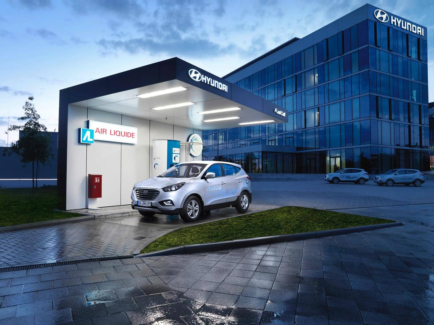 H2 at HQ: Hyundai opens public hydrogen refuelling station in Germany