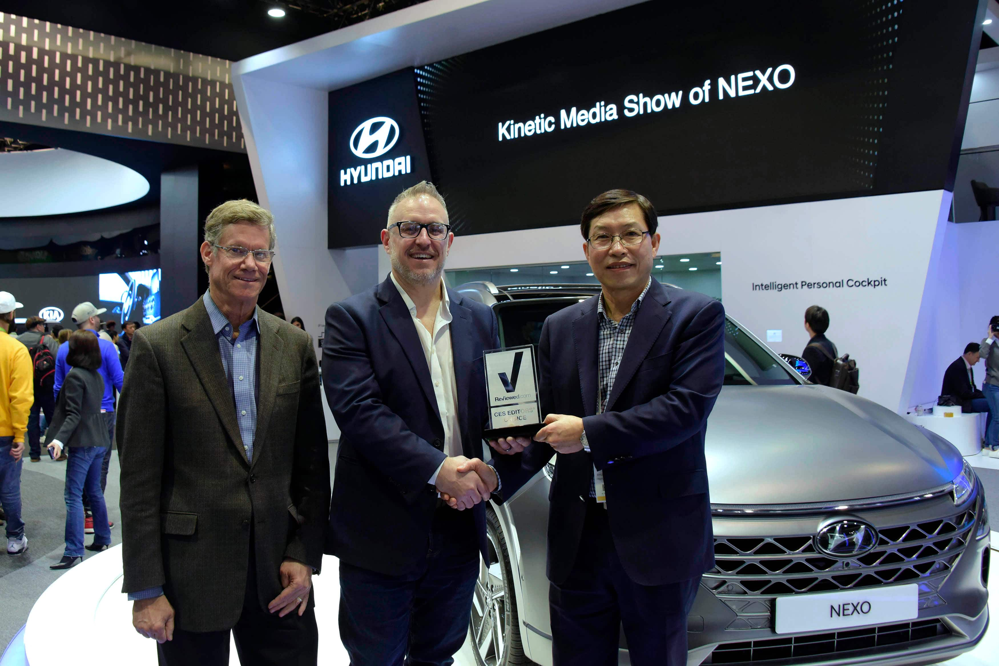 Hyundai's 2019 NEXO Fuel Cell Electric Vehicle Wins Reviewed.com Editor's Choice Award for CES 2018
