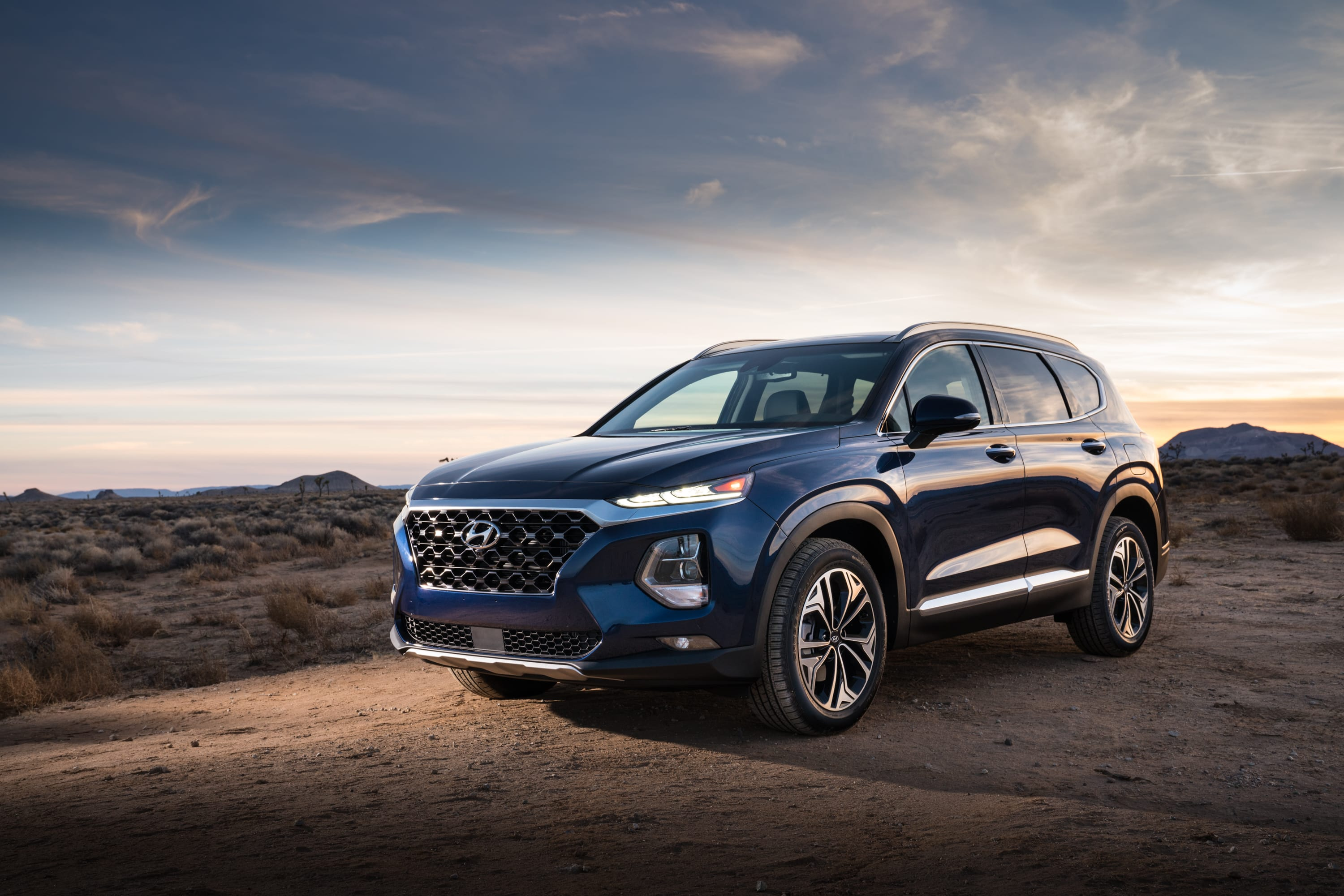 Hyundai's All-New 2019 Santa Fe Awarded 'Redesign of the Year' by ALG